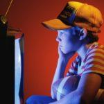 Как улучшить зрение при помощи телевизора